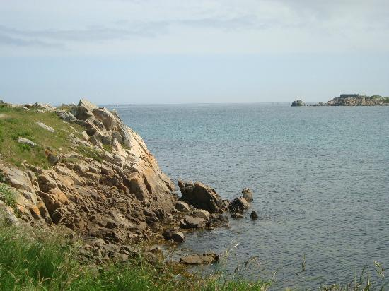 Ilex Lodge Self Catering Apartments: A view on the southeast of the island