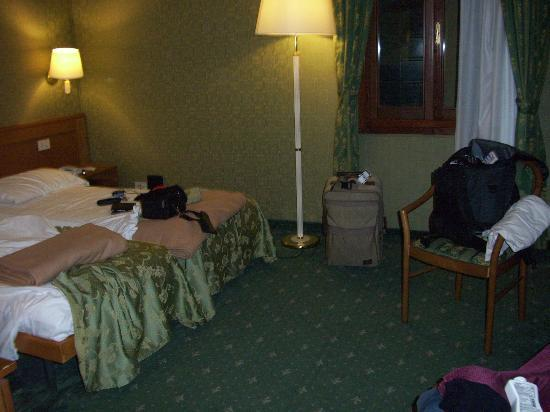 Spagna Hotel : Our room.