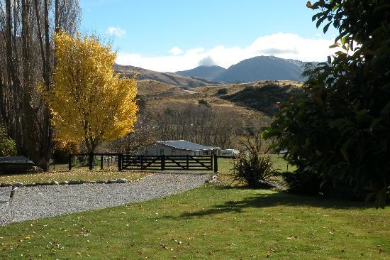 Waiorau Homestead: More autumn views from Homestead grounds