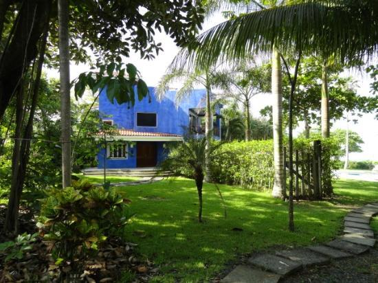 Hotel Casa Azul: main house
