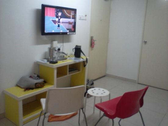 Abby Hotel IGB International Industrial Park : LCD TV