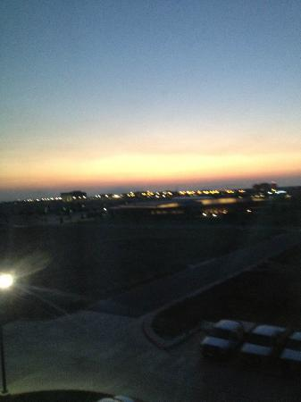 Holiday Inn Express & Suites Amarillo West: Sunrise view from room