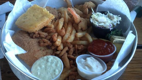 South Beach Grill: Seafood Platter