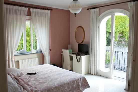 Villa Adriana Guesthouse Sorrento: Junior Suite bedroom