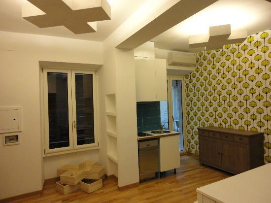 La Controra Hostel Rome: Área em comum no andar dos quartos privativos
