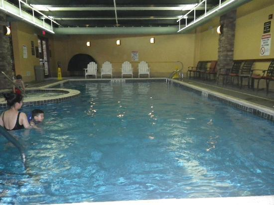 Bear Creek Mountain Resort: Heated Indoor Pool with Hot Tub