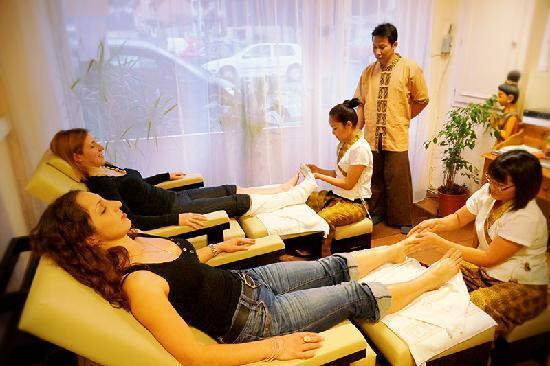 escort stockholm massage täby centrum