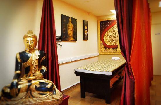 Thep Kinnaree Institute