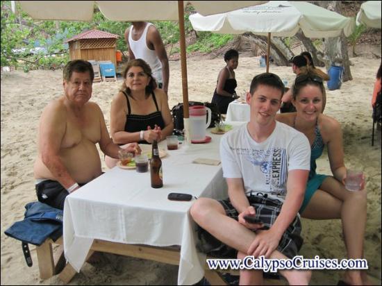 Turismo en Costa Rica CR: disfrutando el gran bufette