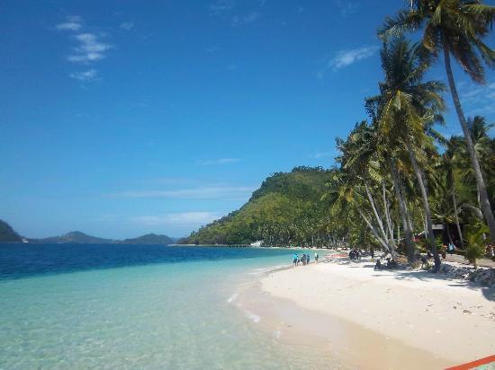 Sikuai Island: Foto pantai di Pulau Sikuai