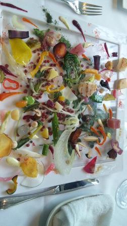 Lumiere : 目にも鮮やかな前菜