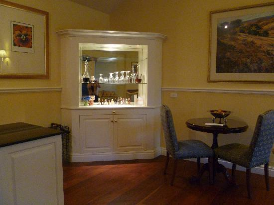 Woodman Estate: In-Room Bar :)