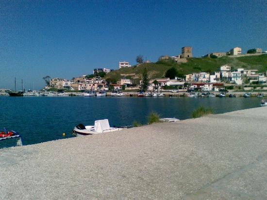 Der Hafen von Porto Palo