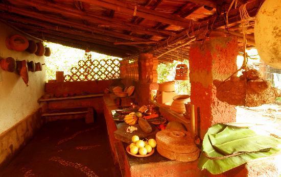 Pitruchaya Homestay: Kitchen