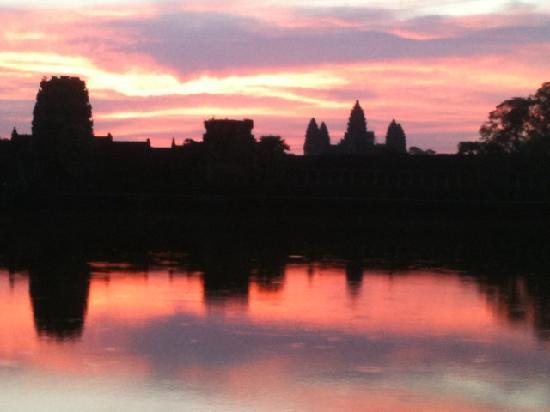 Angkor Wat Service