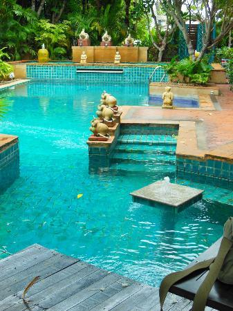 Swimming pool gorgeous picture of gazebo resort for Pool garden resort argao