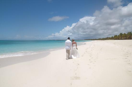 Barbuda Cottages: our wedding day