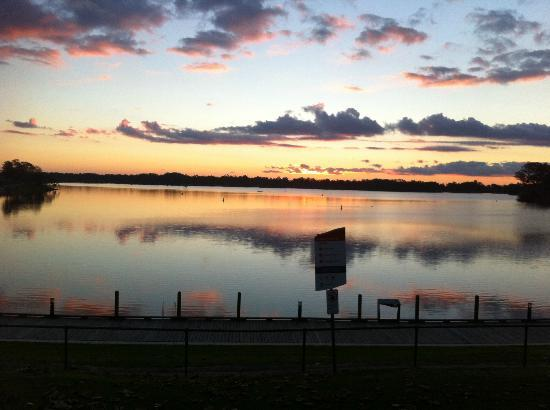 Nagambie Australia  city pictures gallery : Lake at Sunset Picture of Lake Nagambie, Nagambie TripAdvisor