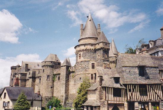 Vitre, France: Imposing!