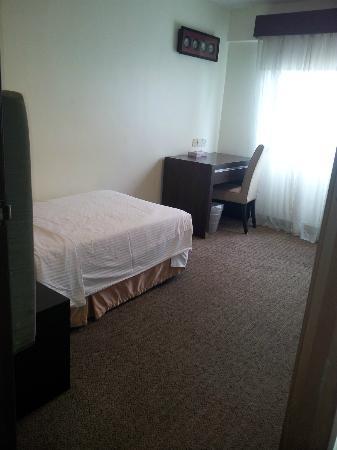Crown Regency Serviced Suites: third room