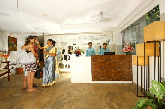 Hotel Calangute Towers : Reception