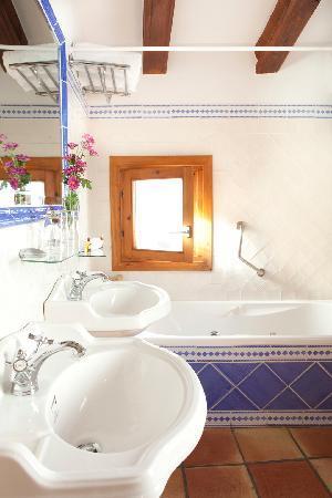 Hotel Abaco Altea: Quarto de baño America Cup