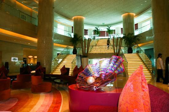 Hilton Doha: Lobby