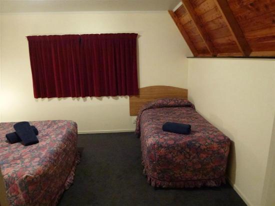 Mountain Chalet Motels: Habitación