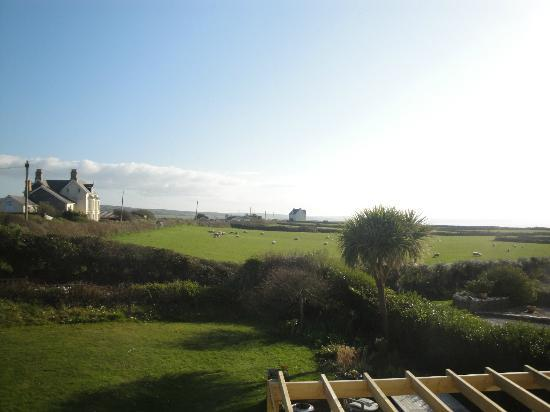 Trenowan: Afternoon view from our room