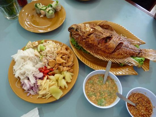 Vietnam Pathum Thani: 魚料理