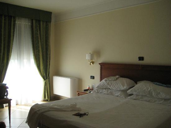 Hotel Residence Il Gabbiano: camera