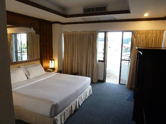 Grand Hotel Pattaya: bed room