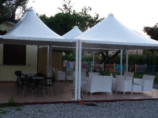 Parco La Conchiglia: zona lettura,giochi, relax