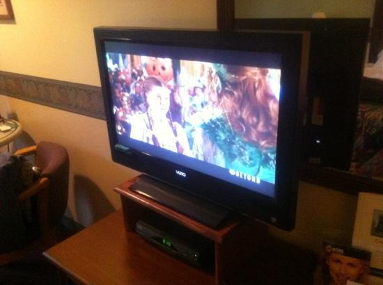 Casco Bay Inn: flat screen TV