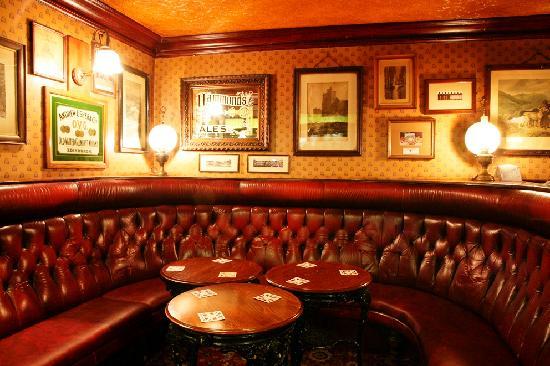 Hales Bar: interior