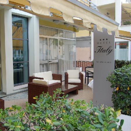 Hotel Italy : Esterno dell'hotel