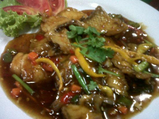 Onn Onn Corner Hua Hin: fish