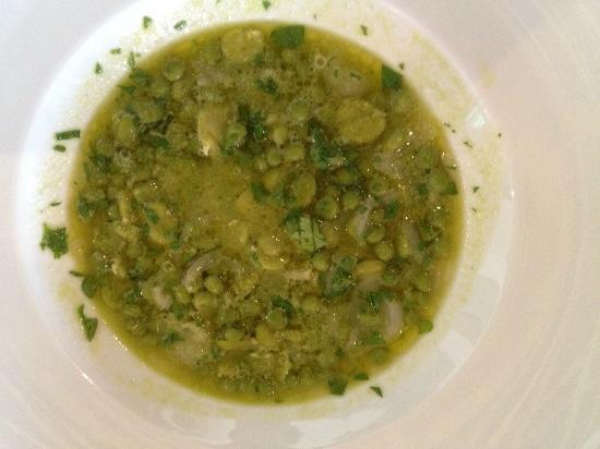Taberna Vulgi : la Zuppa di fave e piselli
