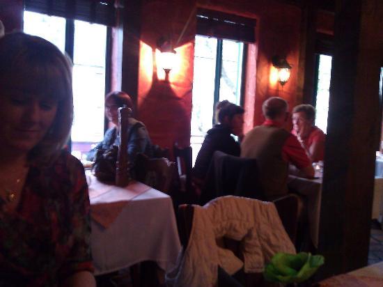 cristina restaurant: Inside