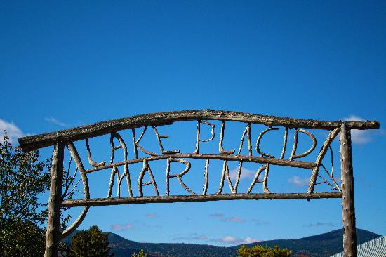 Lake Placid Marina & Boat Tours - Entrance Sign