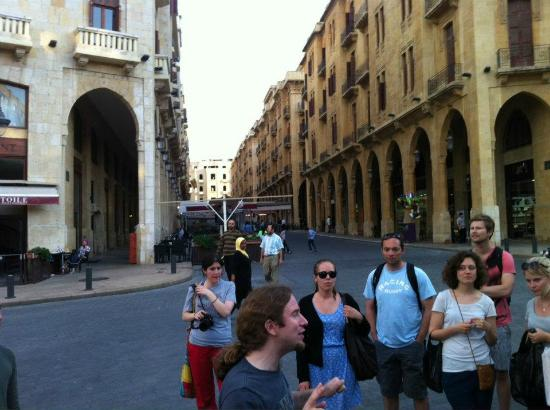 Walk Beirut : Place D'Etoile, Ronnie the tour guide