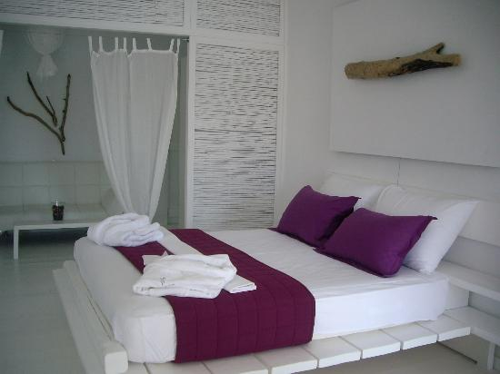 Salt Suites & Executive Rooms: Quiet and very light