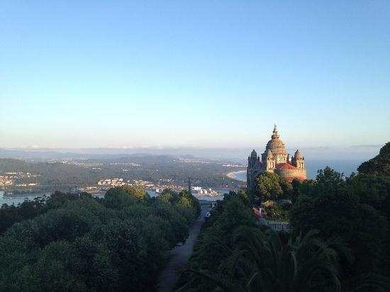 Pousada De Viana Do Castelo Charming Hotel : The view from the terrace.
