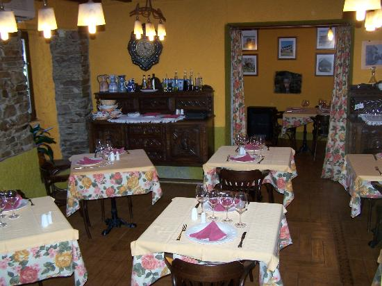 Hotel Restaurante La Villa: UNO DE LOS COMEDORES