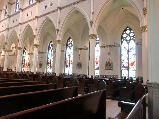 Cathedral of Saint John the Baptist: Beautiful Stained Glass windows.
