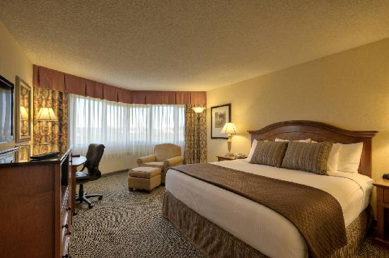 Red Lion Hotel Seattle Airport New Bedding Pakcage