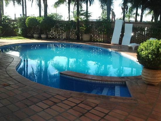 Roman Villa Park Hotel: piscina
