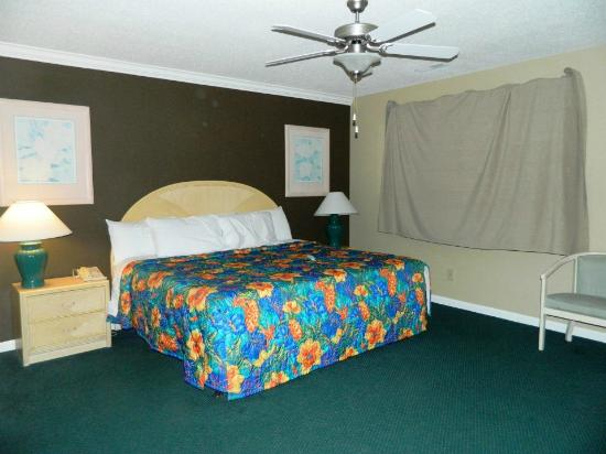 Plantation Resort: Master Bedroom