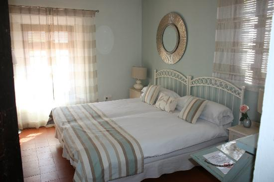 Hotel La tartana: One of the rooms