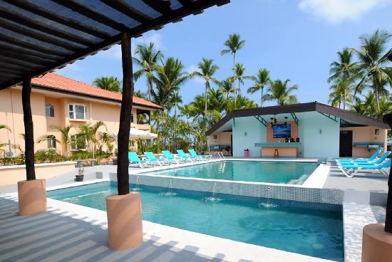 Cocomar Beachfront Hotel and Island Resort: Pool